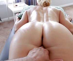 MILF Massage Tube